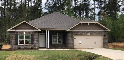 Harnett County Single Family Home For Sale: 100 Woodwater Circle