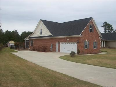 Raeford Single Family Home For Sale: 183 Sedona Court