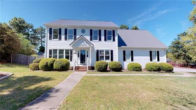 Cumberland County Single Family Home For Sale: 894 Doe Run Drive