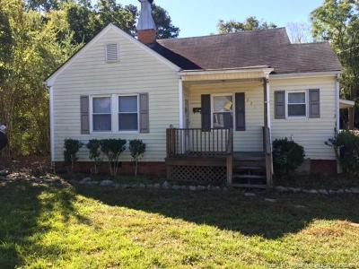 Fayetteville Rental For Rent: 221 Oakland Drive
