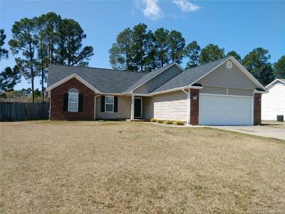 Raeford Single Family Home For Sale: 118 Cypress Drive