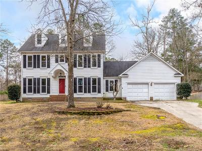 Fayetteville Single Family Home For Sale: 7009 Kings Lynn Loop