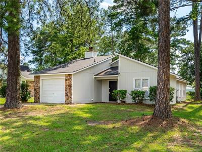 Fayetteville Single Family Home For Sale: 1128 Thornwood Place