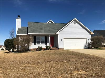 Raeford Single Family Home For Sale: 111 Cavalier Drive