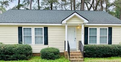Fayetteville Single Family Home For Sale: 1319 Bright Court