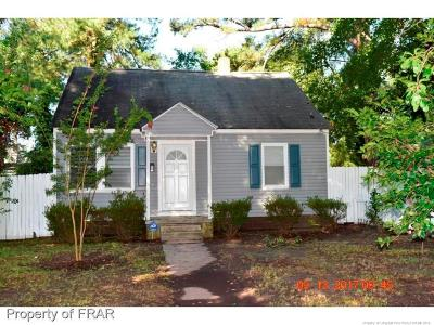 Hope Mills Single Family Home For Sale: 3916 S Main Street