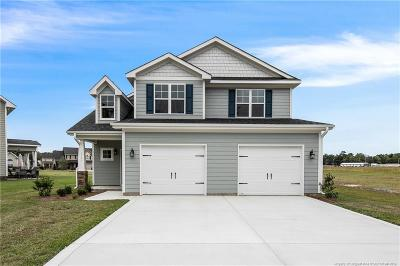 Fayetteville Single Family Home For Sale: 1741 Bluffside Drive