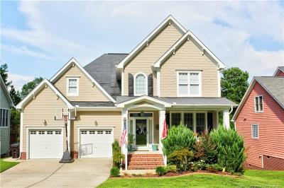 Single Family Home For Sale: 148 Lamplighter Way