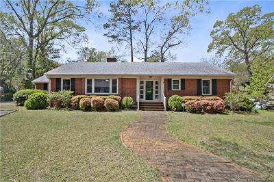 Fayetteville Single Family Home For Sale: 208 Woodcrest Drive