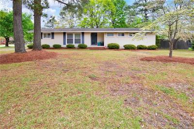 Fayetteville Single Family Home For Sale: 129 S Herndon Street
