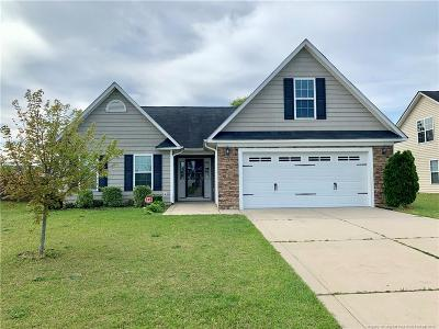 Hope Mills Single Family Home For Sale: 5305 Woodpecker Drive