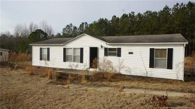 Raeford Single Family Home For Sale: 700 Bostic Road