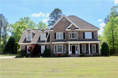 Fayetteville Single Family Home For Sale: 367 Kimberwicke Drive
