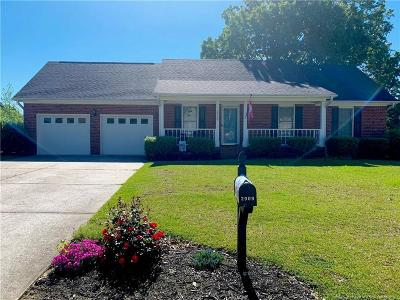 Fayetteville Single Family Home For Sale: 2909 Coachway Drive