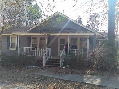 Raeford  Single Family Home For Sale: 4373 Rockfish Road