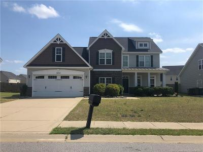 Hope Mills Single Family Home For Sale: 3420 Castlefield Lane