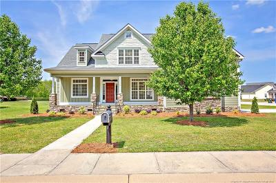 Fayetteville Single Family Home For Sale: 1625 Cape Point Drive