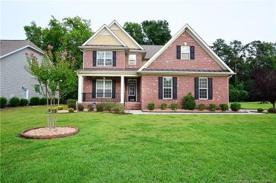 Fayetteville Single Family Home For Sale: 109 Shadow Oak Lane