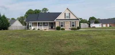 Fayetteville Single Family Home For Sale: 3316 Auburn Drive