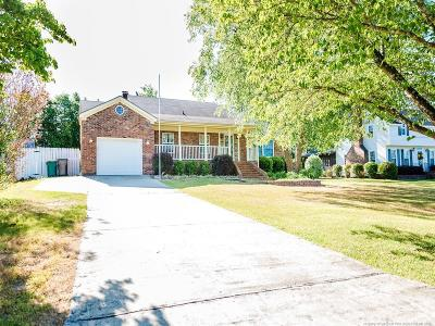 Hope Mills Single Family Home For Sale: 3619 Frierson Street