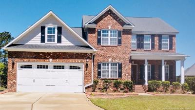 Fayetteville Single Family Home For Sale: 805 Bobby Jones Drive