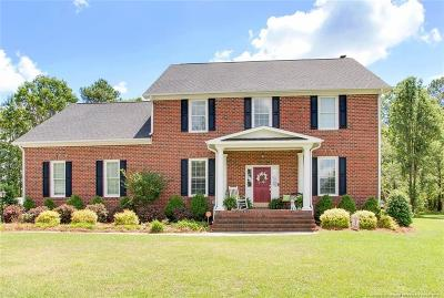 Fayetteville Single Family Home For Sale: 4532 Woodswallow Drive