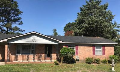 Fayetteville Single Family Home For Sale: 809 Fresno Drive