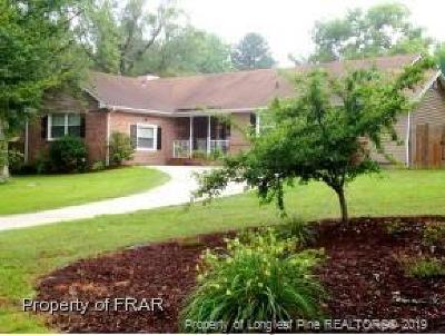 Fayetteville Single Family Home For Sale: 132 Bienville Drive