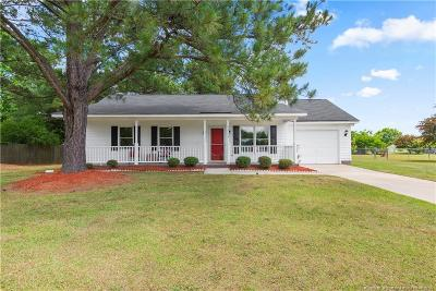 Hope Mills Single Family Home For Sale: 5515 Baneway Drive