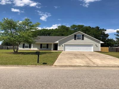 Raeford Single Family Home For Sale: 107 Silverberry Court