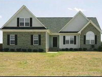 Raeford Single Family Home For Sale: 384 Belmont Drive