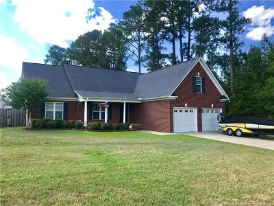 Raeford Single Family Home For Sale: 211 Old Oak Road