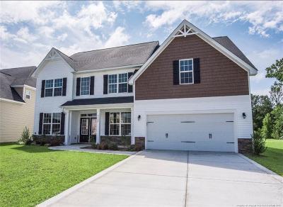 Fayetteville Single Family Home For Sale: 2136 Mannington Drive