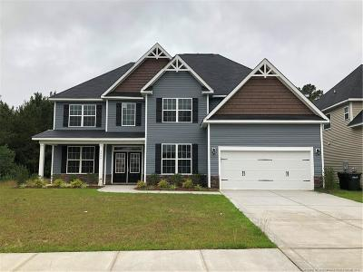 Fayetteville Single Family Home For Sale: 1406 Draw Bridge Lane