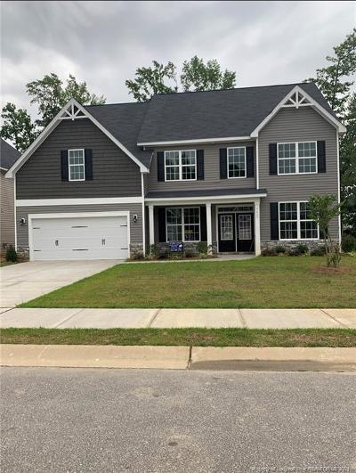 Fayetteville Single Family Home For Sale: 1407 Draw Bridge Lane