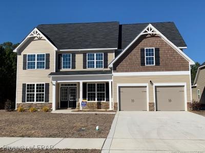 Fayetteville Single Family Home For Sale: 1608 Elk Run Drive