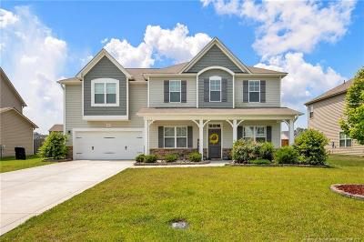 Fayetteville Single Family Home For Sale: 4027 Pleasantburg Drive