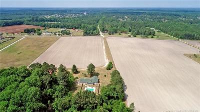 Fayetteville Single Family Home For Sale: 4600 Hummingbird Place
