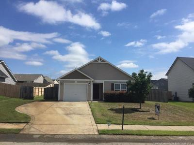 Hope Mills Single Family Home For Sale: 2572 Spinnaker Drive