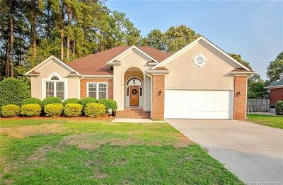 Fayetteville Single Family Home For Sale: 633 Larkspur Drive