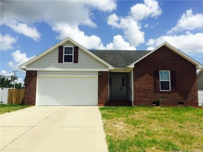 Fayetteville Single Family Home For Sale: 5426 Thackeray Drive