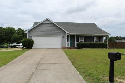 Raeford  Single Family Home For Sale: 290 Walden Green Drive