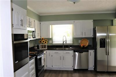 Fayetteville Single Family Home For Sale: 7520 Marie Drive