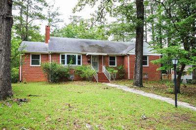 Fayetteville Single Family Home For Sale: 1812 Lyon Road