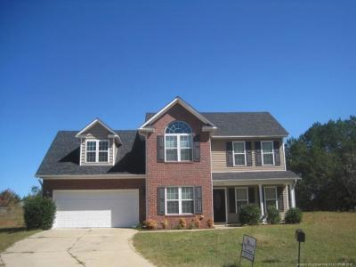 Fayetteville Single Family Home For Sale: 5704 Scarecrow Court