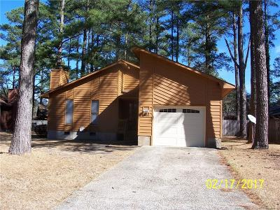 Fayetteville Single Family Home For Sale: 920 Whitcomb Drive