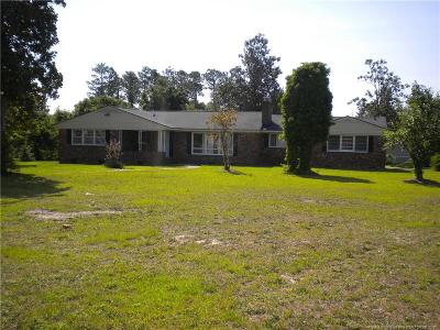 Fayetteville Single Family Home For Sale: 6404 Whitehall Drive