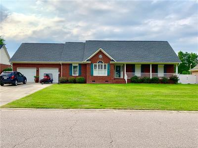 Cumberland County Single Family Home For Sale: 636 Larkspur Drive