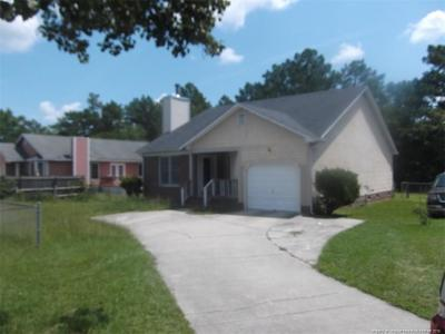 Hope Mills Rental For Rent: 806 Windingwood Place