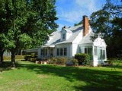 Fayetteville Single Family Home For Sale: 130 Rowland Circle